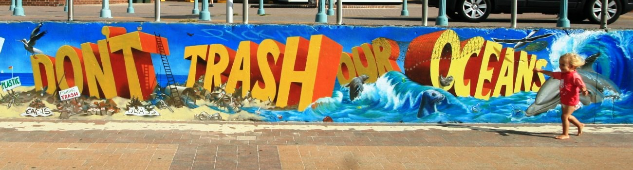 Don't Trash Our Oceans - anti-litter mural at Bondi Beach
