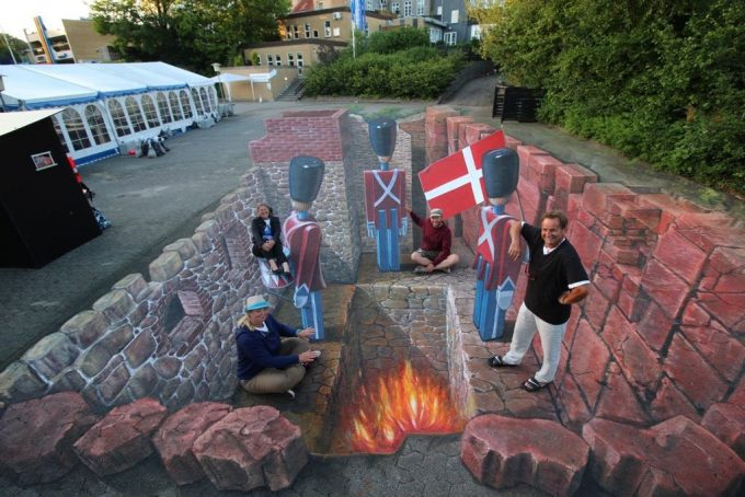 3D chalk artwork for World Street Painting Festival, Brande