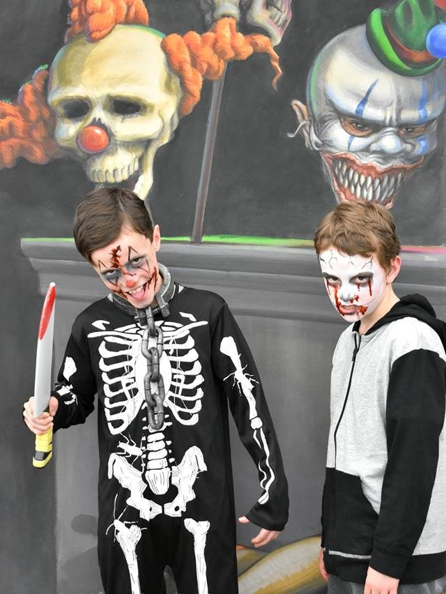 Boys posing in 3D artwork by Jenny McCracken. Photo Credit Little Six Hearts.