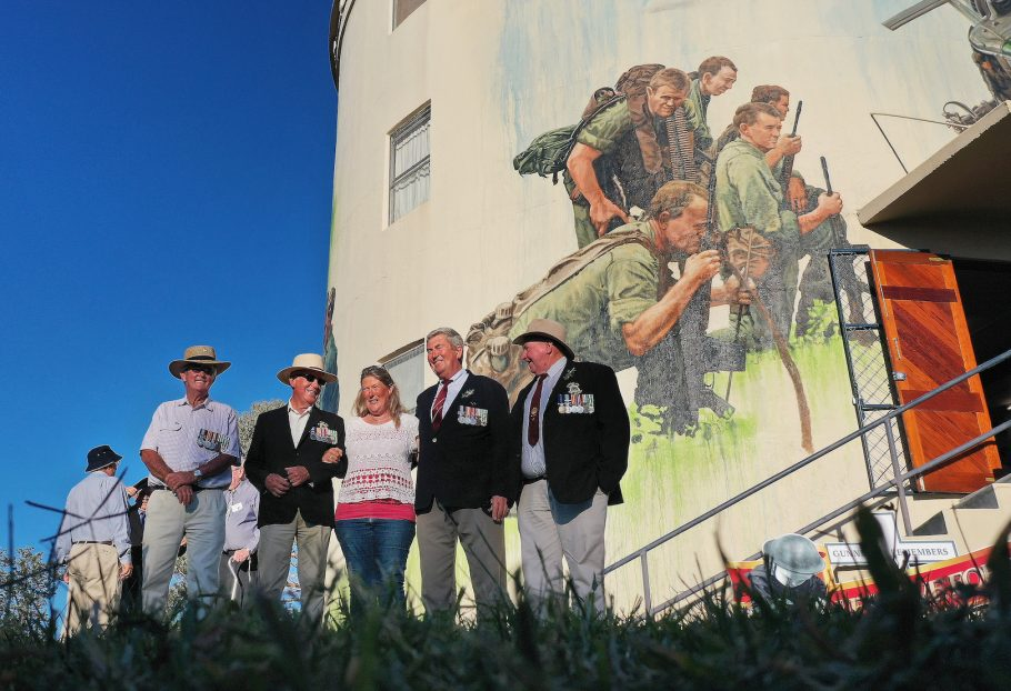 gunnedah-water-tower-mural-jenny-mccracken-zestei-launch-vets
