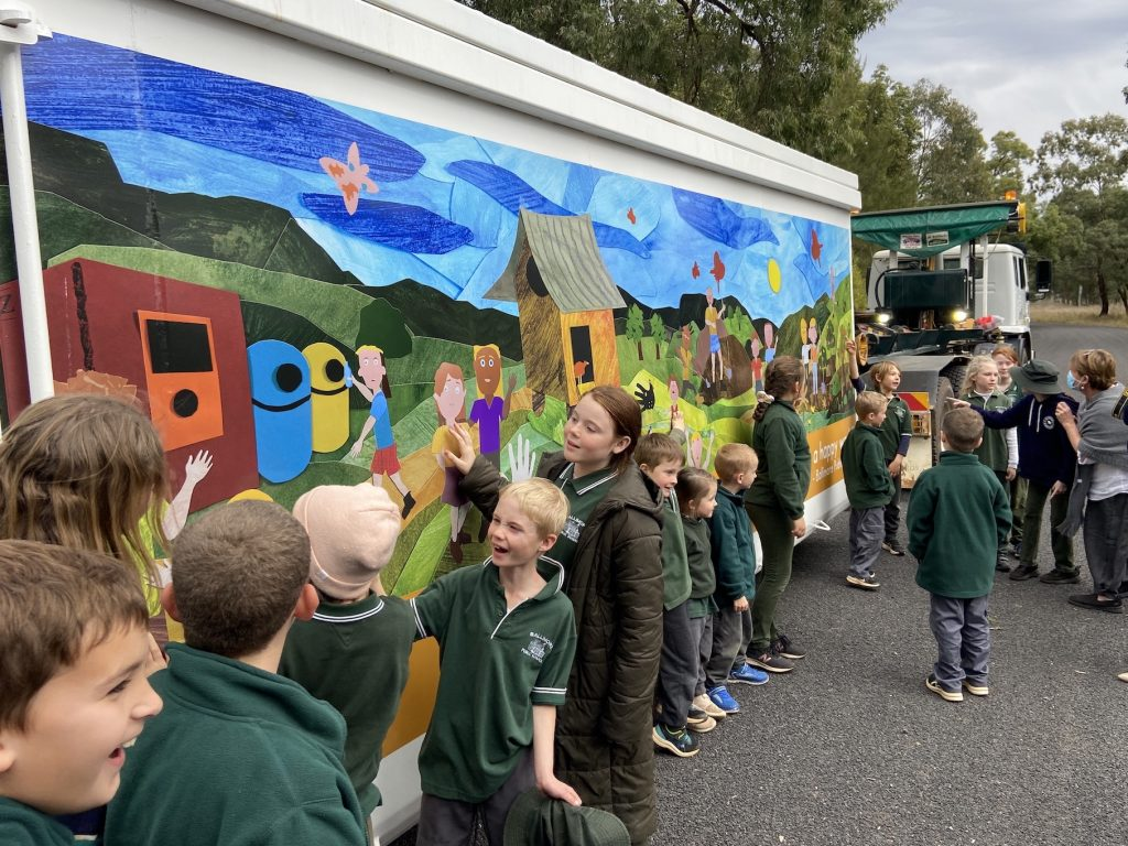 Ballimore Dubbo Waste Mural Artwork Workshop