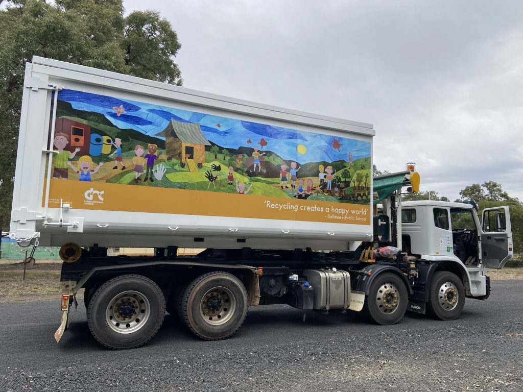 ballimore recycling artwork on truck